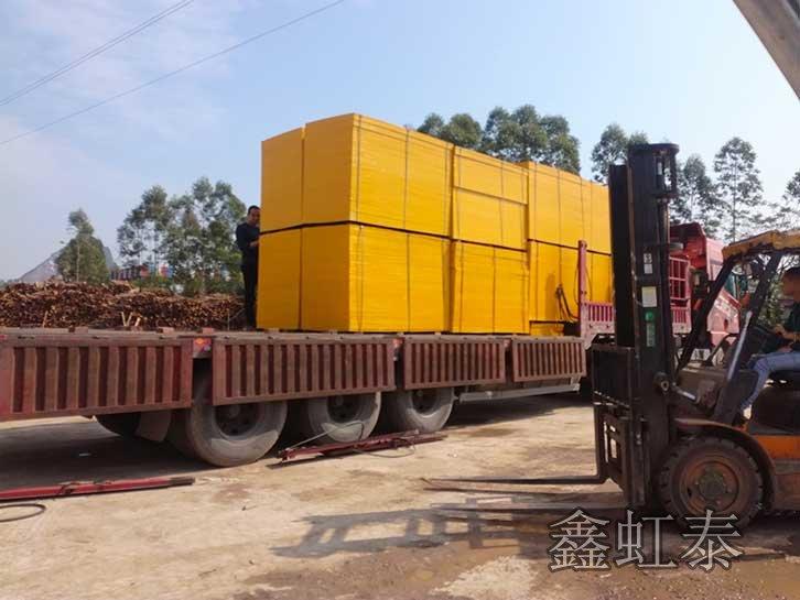 建筑覆膜板厂家发往贵州