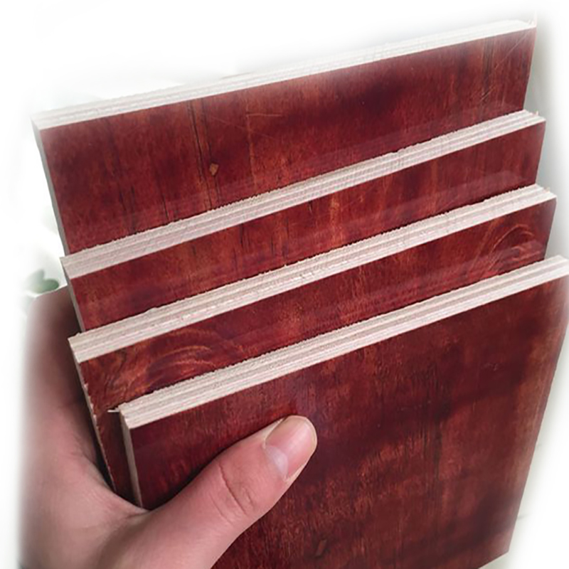 建筑模板存在厚度尺寸的不同